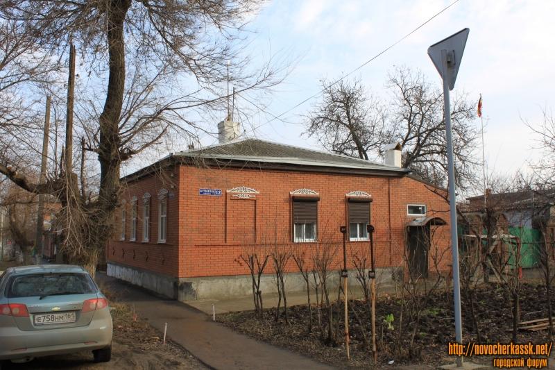 Улица Шумакова, 12 / улица Просвещения