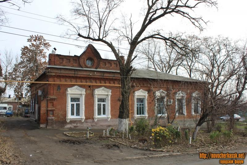 Улица Урицкого, 2