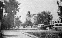 Въезд на Московскую улицу со стороны площади Революции. Октябрь 1954 года