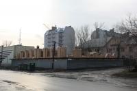 Строительство художественной мастерской на углу Фрунзе и Школьной