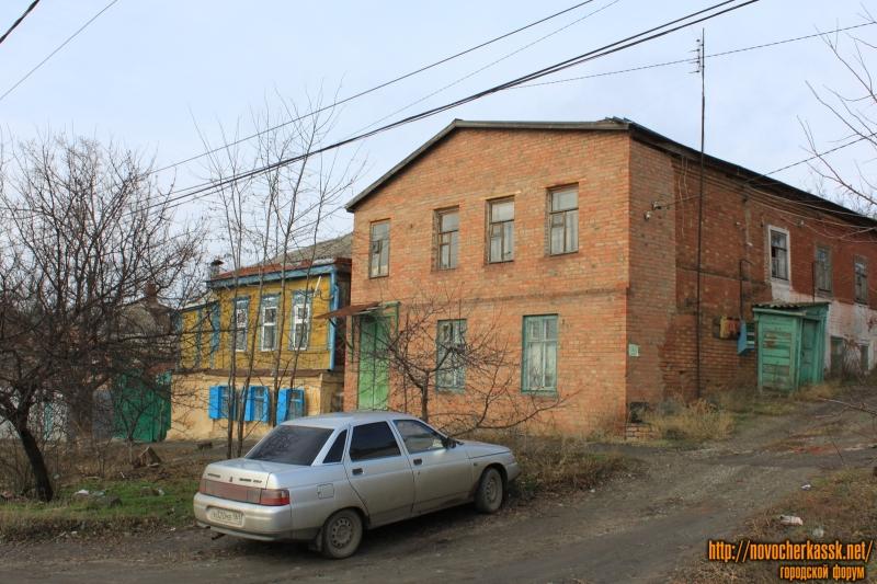Улица Кавказская, 38