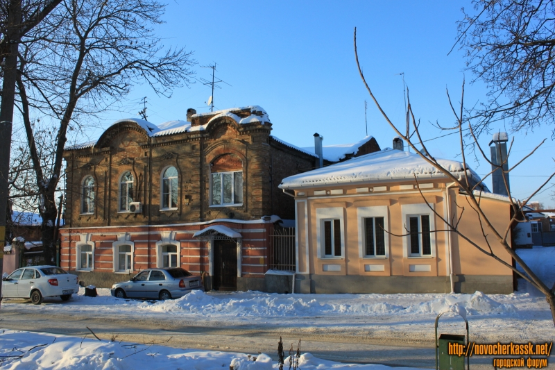 Улица Комитетская, 102, 104