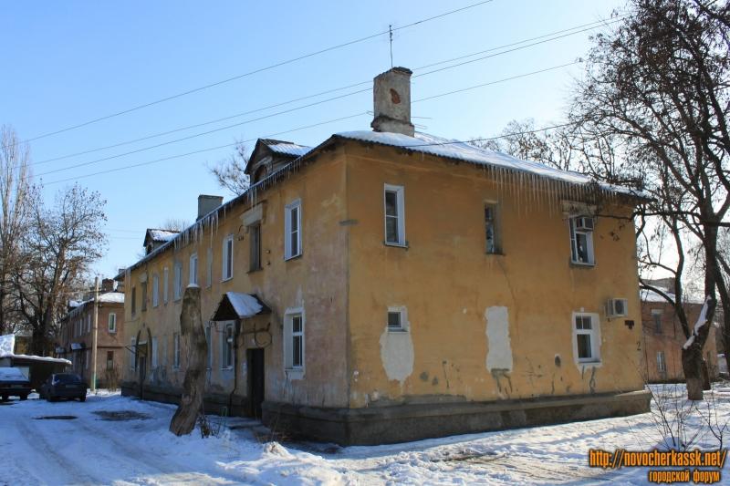 Улица Молодежная, 81. Вид со двора