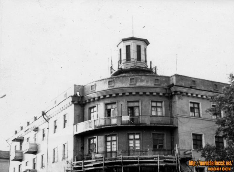 Дом на углу Комитетской и Атаманской (Советская)