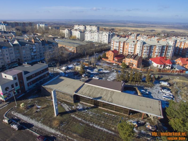Переулок Цимлянский и бывший ресторан «Сармат» на проспекте Баклановском