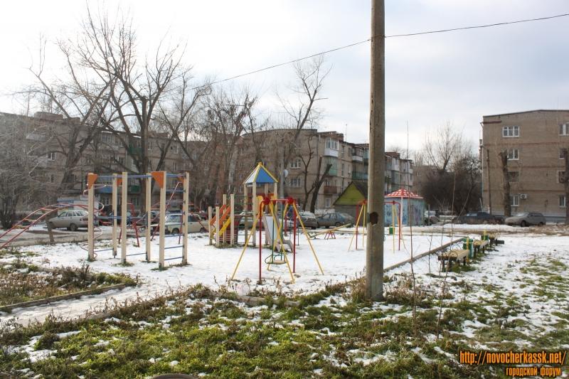 Детская площадка на Черёмушках