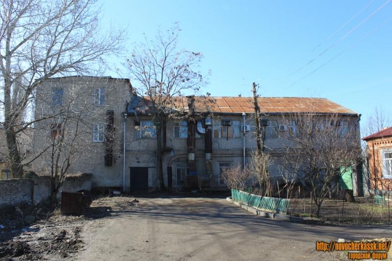 Проспект Ермака, 104. Вид с улицы Шумакова