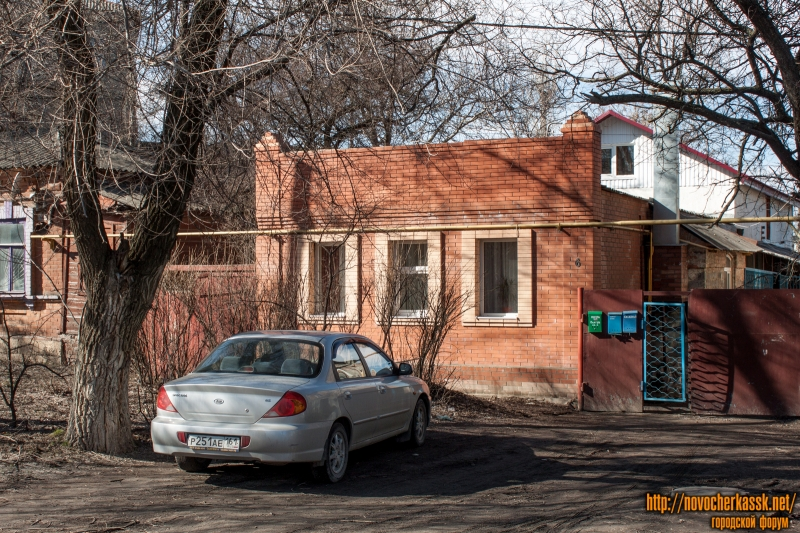 Площадь Троицкая, 6