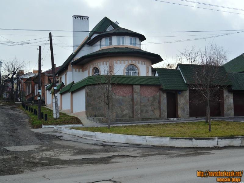 Дом по ул. Будёновской 33