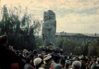 Открытие памятника на площади Троицкой