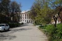 Главный корпус. Вид с Орджоникидзе