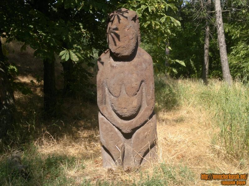 Скульптура «Каменная баба»