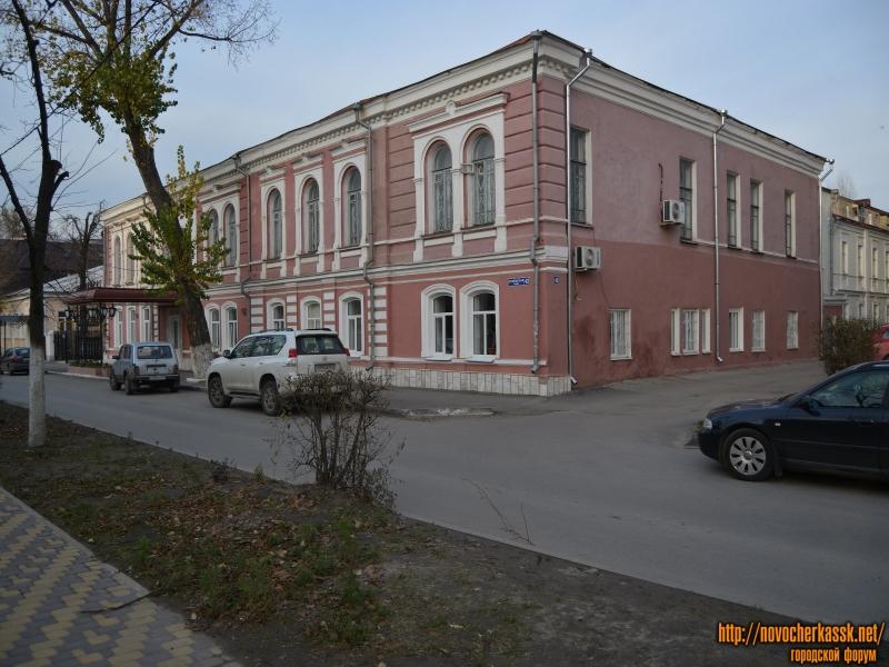 Здание бывшей частной гимназии А.Д. Дувакиной
