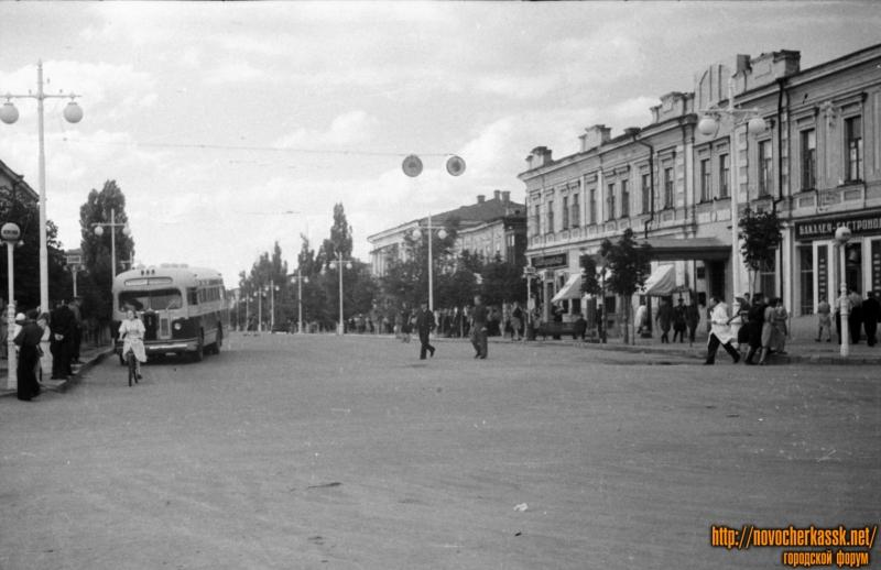 Угол Платовского и Московской