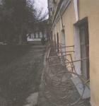 Решётки на углу Платовского и площади Ермака