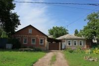 Улица Октябрьская, 205, 207
