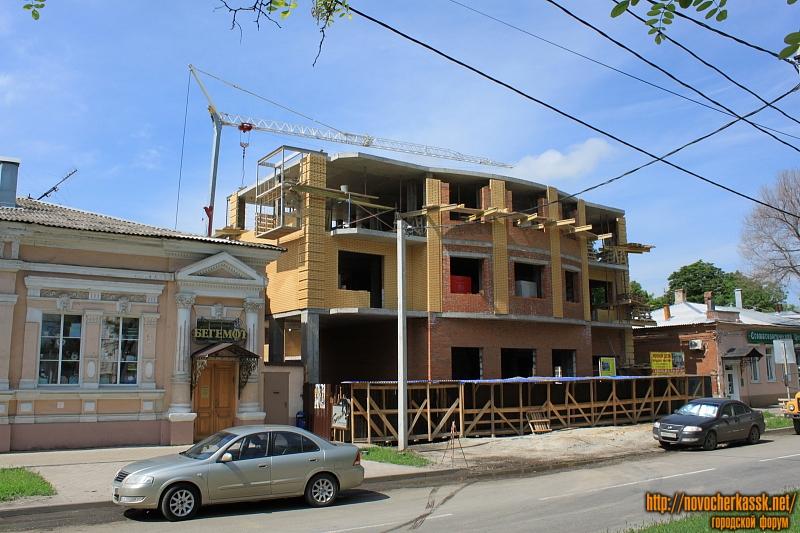 Строительство на проспекте Ермака, 95