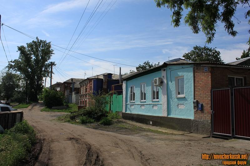 Улица Никольского, 111, 109