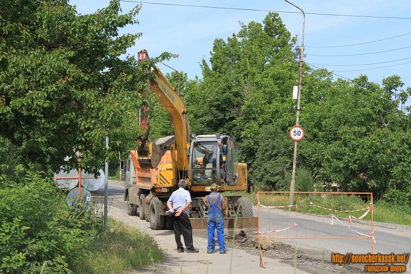 Замена водопровода на улице Будённовского