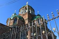 Ограда и Александро-Невский храм