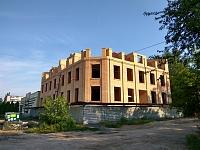 Строительство «художественной мастерской» на углу улицы Школьной и улицы Фрунзе