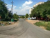 Новый асфальт на улице Ларина