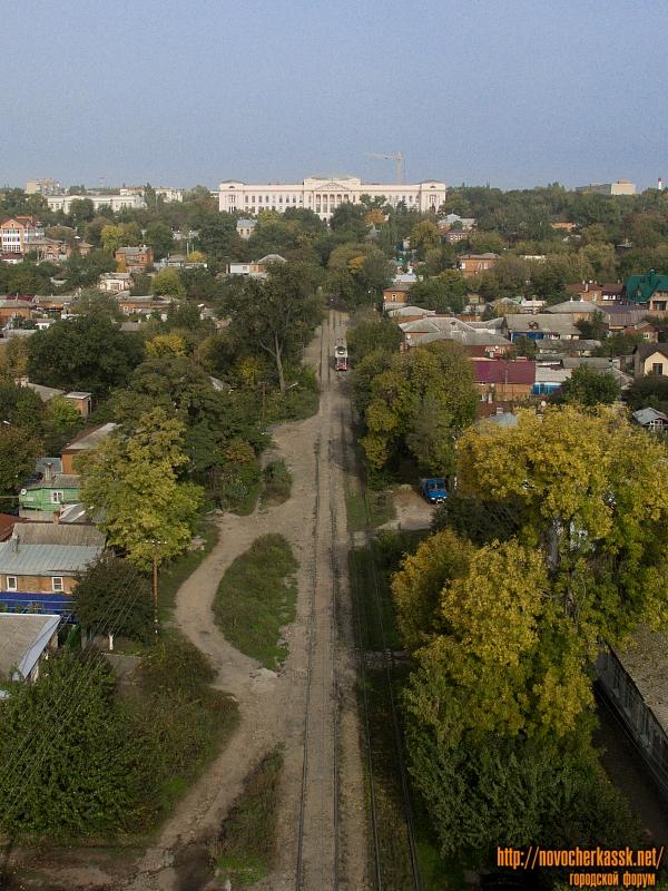 Улица Орджоникиде и главный корпус ЮРГПУ (НПИ)
