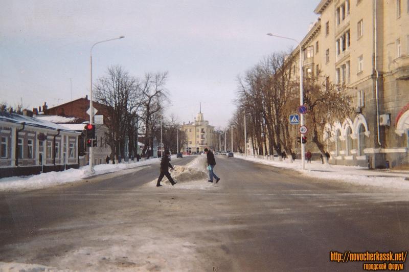 Улица Московская. Вид с улицы Просвещения