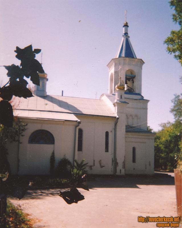 Церковь на старом городском кладбище