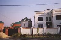 Александровская улица, 119/1. Левее - бывшая водораздаточная будка