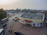 Магазин «Ассорти» в створе улиц Петрова и Гагарина. Хотунок