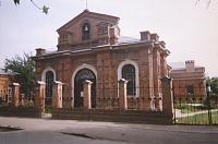 Улица Просвещения. Успенская католическая церковь
