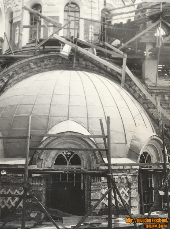 Реставрация куполов храма Александра Невского