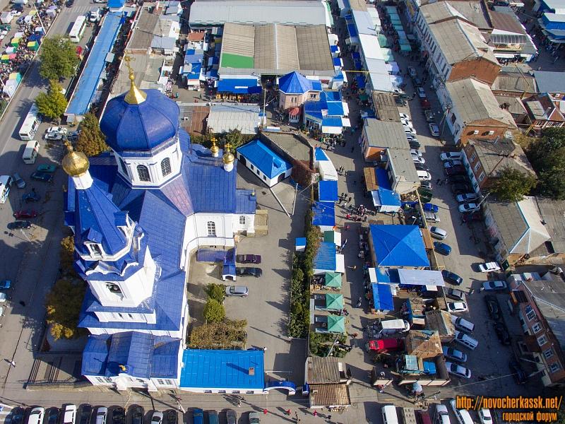 Азовской рынок и Михайловский храм