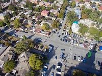 Перекресток Платовского проспекта и улицы Михайловской в «базарный» день