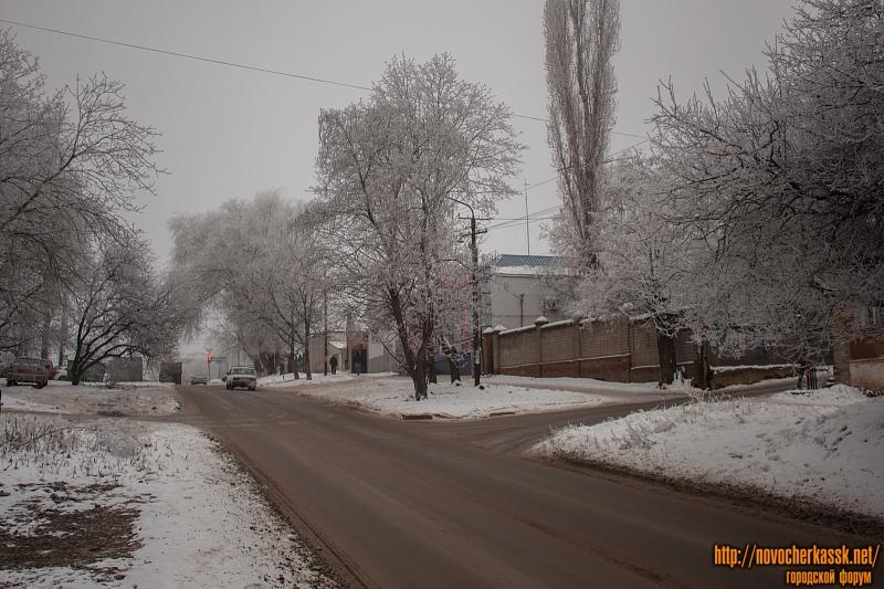 Улица Ленгника в сторону проспекта Баклановского