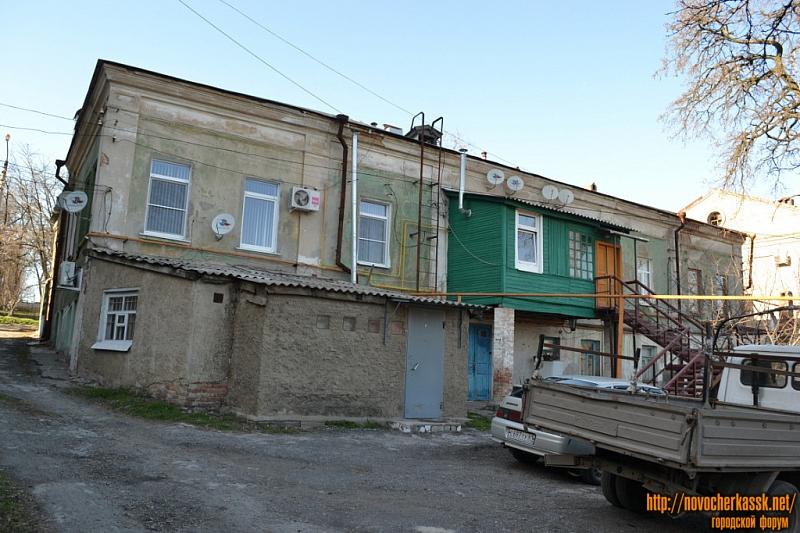 Улица Александровская, 107