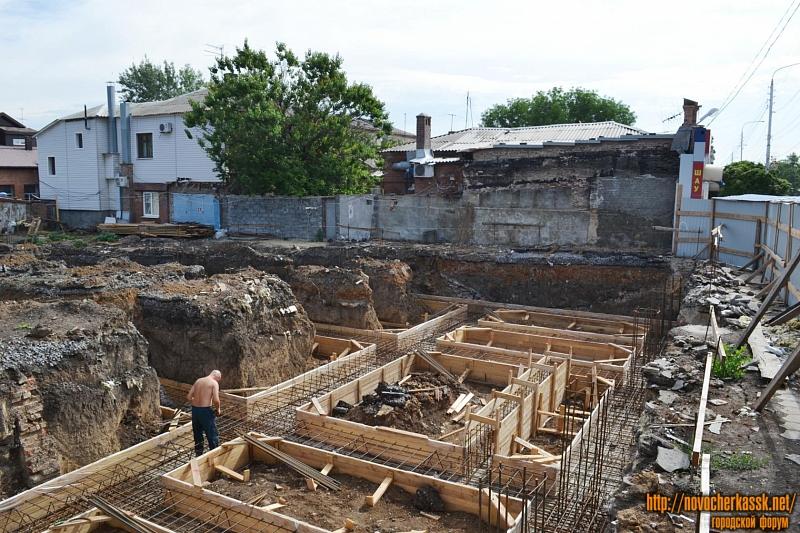 Строительство ТЦ на Баклановском