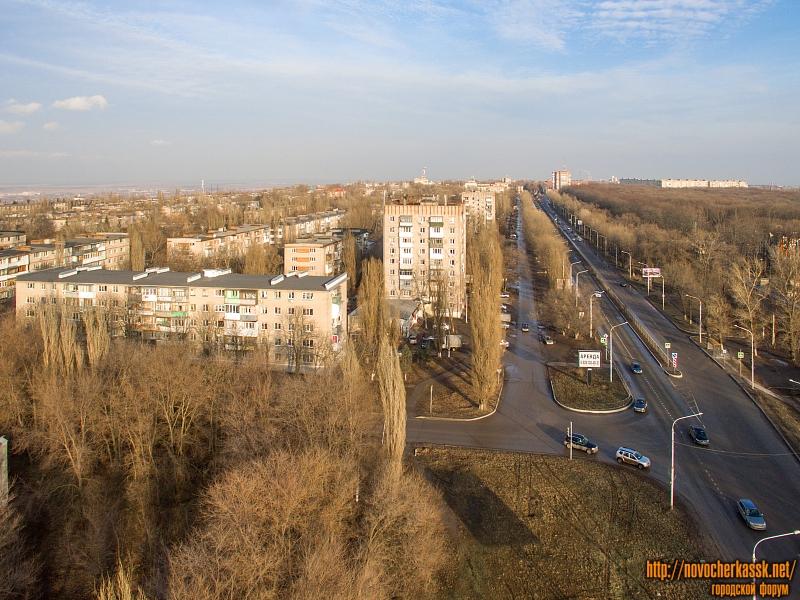 Пересечение переулка Магнитного и проспекта Баклановского