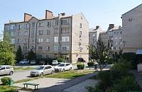 Пр. Баклановский, 180, 180/1