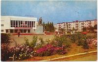 Площадь посёлка Донского