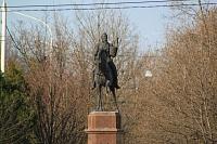Памятник Платову на Платовском проспекте