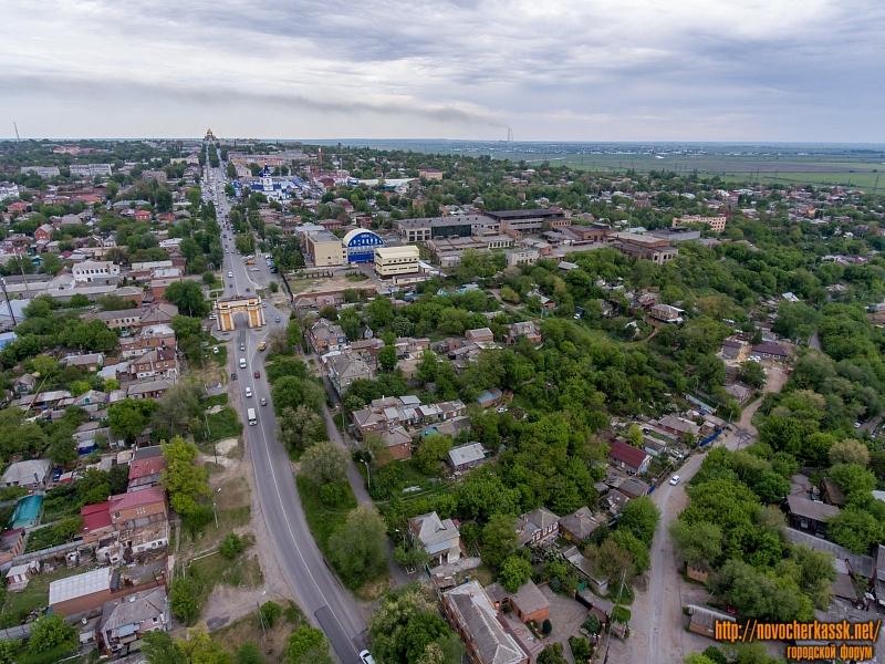 Платовский проспект и вид на Западную часть города