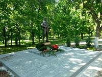 Памятник Александру Позыничу  в Александровском парке
