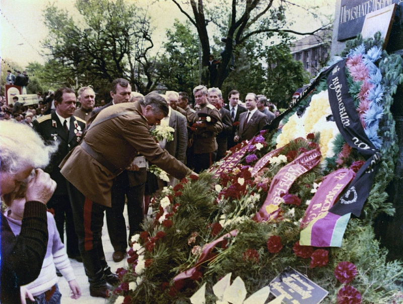 Мероприятие в честь восстановления памятника Платову