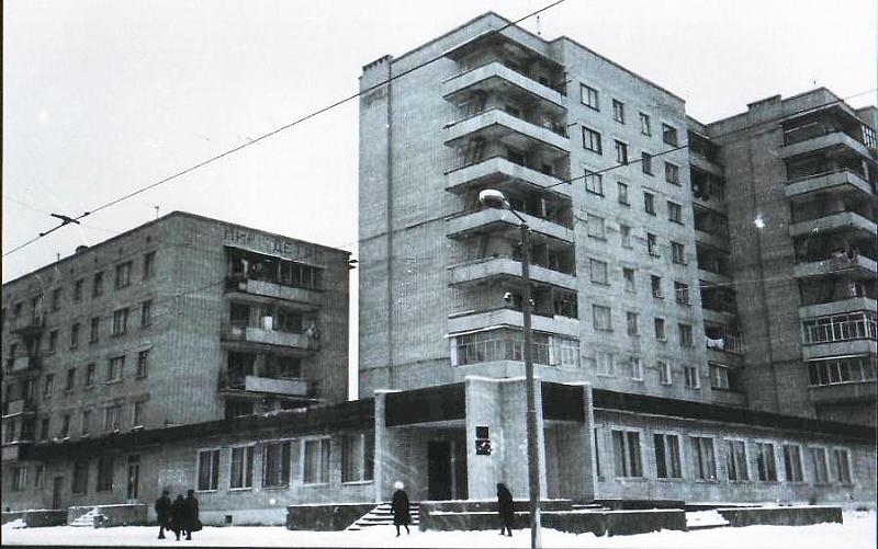 Ул.26 Бакинских Комиссаров 8 / ул. Народная, 68