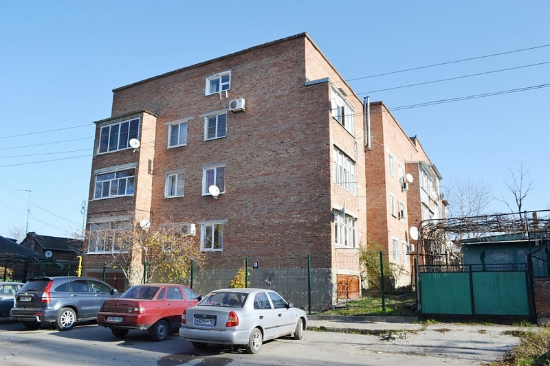 Улица Кирпичная, 60