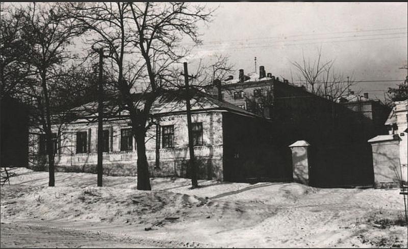 Улица Ленгника, 21