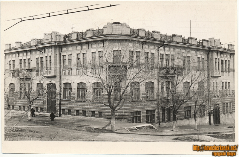 Улица Декабристов (Александровская), 109