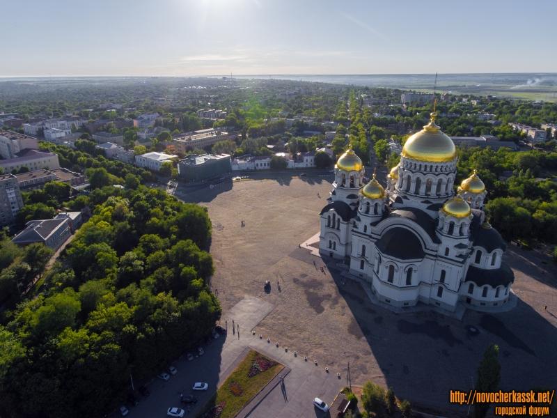 Вид на соборную площадь на запад